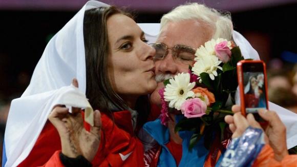 Треньорът на Исинбаева: Защо обвиняваме спортистите, ако не са използвали допинг?