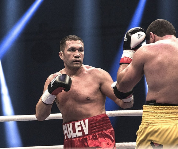 Кубрат Пулев е на 5-то място в ноемврийската класация на Световния боксов съвет