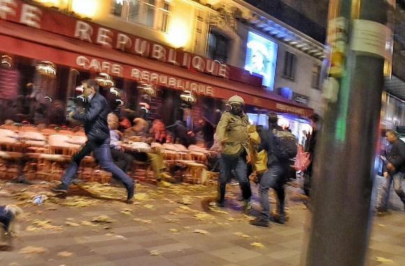 Ислямска държава приветства кървавата баня в Париж