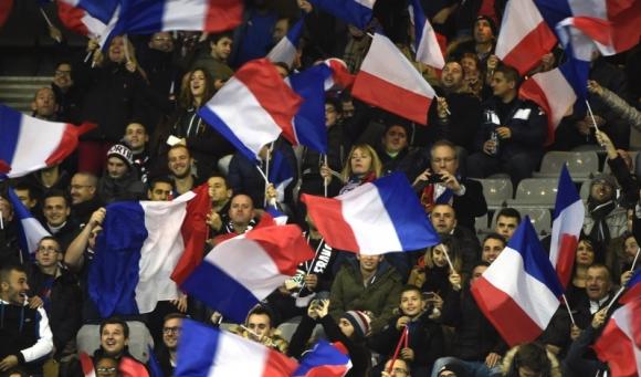 Стюард от мача в Париж със смразяващо разкритие