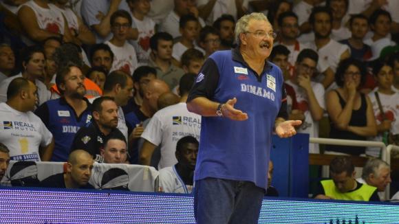 Динамо (Сасари) остана без треньор