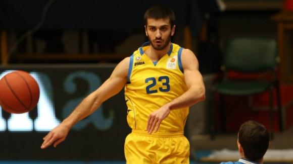 Станимир Маринов игра 5 минути при победа на Сигал в Косово
