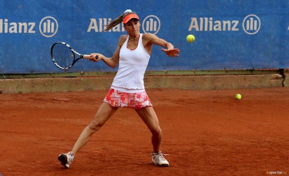 Евтимова се класира за четвъртфиналите на двойки в Турция