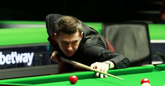 Бингам и Селби с лекота във втория кръг на UK Championship