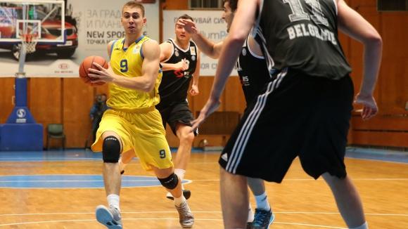Алекс Симеонов е новият капитан на Левски