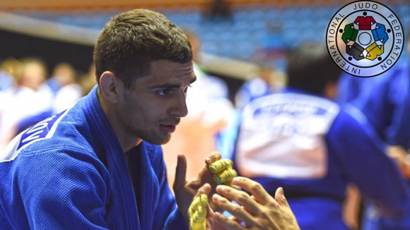 Ивайло Иванов с победа и загуба на Гран при в Корея