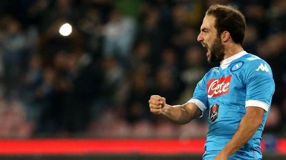 Игуаин на 3 гола от топ 10 на Наполи