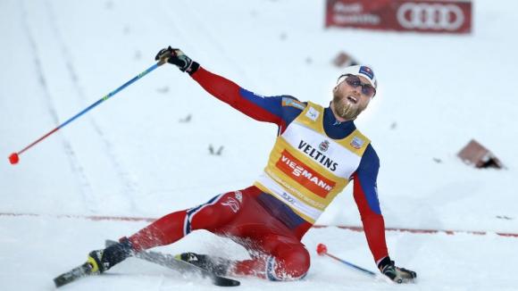 Мартин Йонсруд Сундби спечели скиатлона на 2 по 15 км в Лилехамер