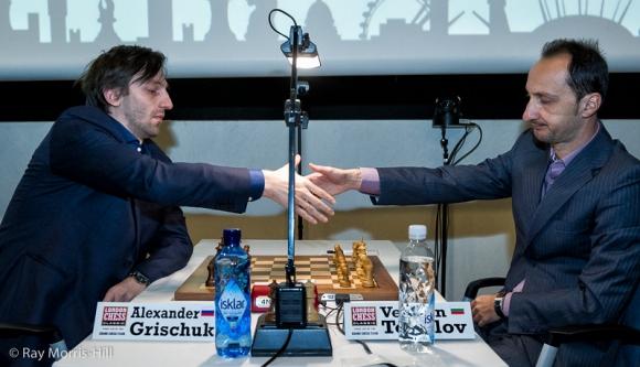 Топалов завърши реми с белите фигури срещу Гришчук