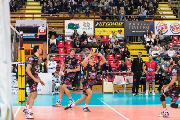 Перуджа на 1/4-финал за Купата на CEV, отлично включване на Добри Димитров