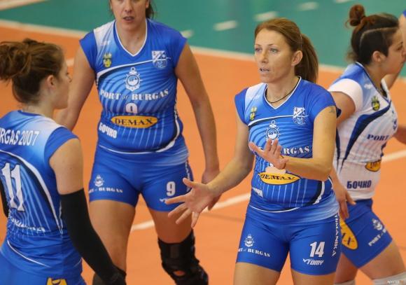 Волейболистките на Бургас със страхотна победа над ЦСКА (ГАЛЕРИЯ)