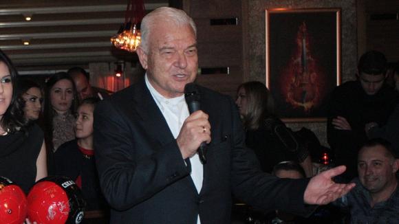 Манджуков ще съди авторите на писмото до СГС - писнало му от Томов
