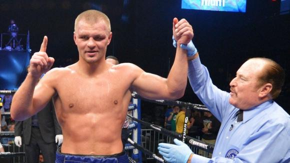 Глазков и Мартин ще се бият на 16 януари