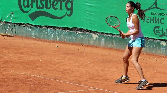 Шиникова на финал на двойки в Тунис