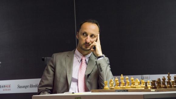 Топалов започва срещу Ананд в турнира на претендентите