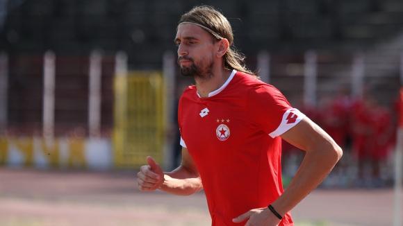 Бранеков поднови тренировки с ЦСКА