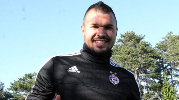 Треньорът на Партизан погна Божинов - имал много килограми