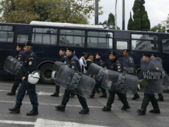 Гръцки хулигани отново създават проблеми на федерацията