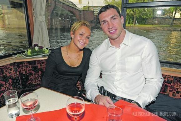 Хейдън и Владимир започнаха подготовка за сватбата си