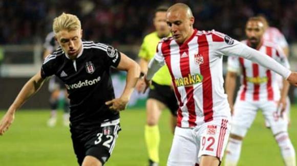 Бивш играч на Черноморец пред трансфер във Висшата лига