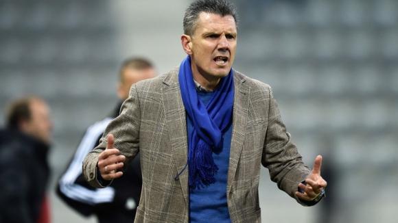 Петър Александров беше върнат като треньор на Бил-Биен