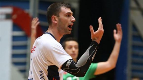Цецо Соколов: Нямам думи за това, което се случи на мача с Нефтохимик
