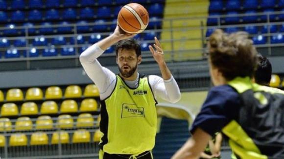 Блестящ Деян Иванов с 35 точки в Турция