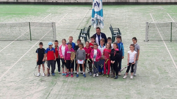 Велико Търново прие турнир за момичета и момчета до 10 г.