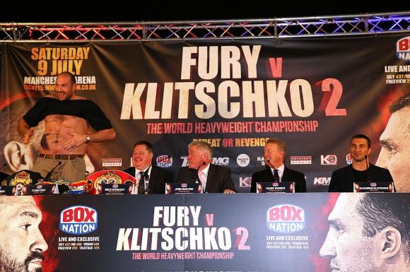 Джон Фюри: Синът ми ще нокаутира Кличко в 10-ия рунд