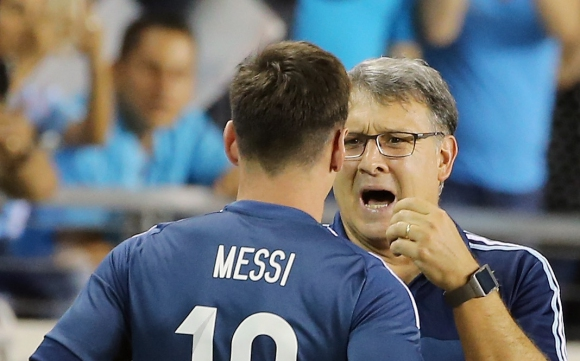 Бивш треньор на Аржентина: Меси избираше треньорите и играчите