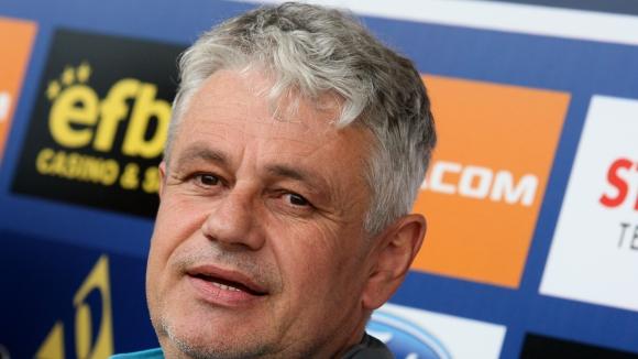 Стоев: За мен е най-добре Левски да не пусне играчите си в националния, но…