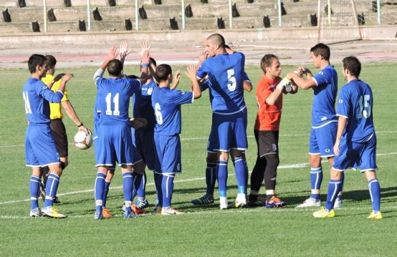 Спартак (Плевен) излиза за важни три точки в Банско