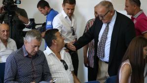 Димитър Пенев отговаря на въпроси за ЦСКА в неподражаемия си стил (видео)