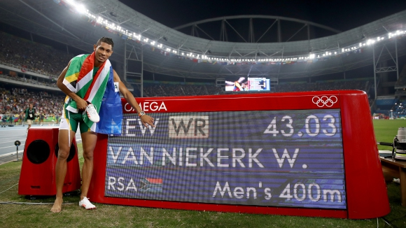 Новият олимпийски шампион на 400 м едва преборил смъртта