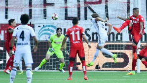 Базел показа класа с 3 гола за 15 минути