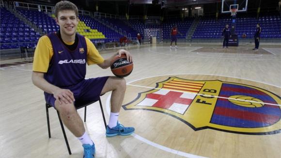 Барселона и Везенков с трудна победа