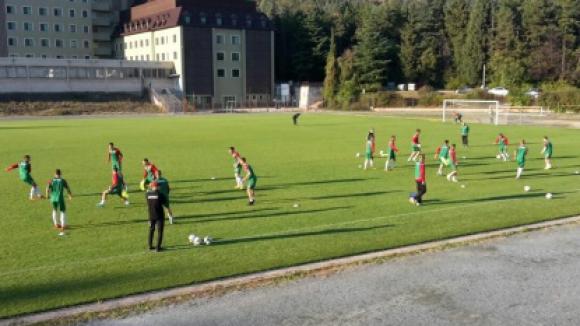 Младежите се готвят усилено за мача с Румъния
