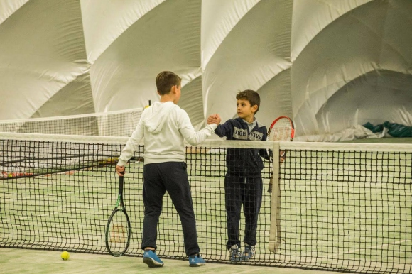 """ТК """"Про Спорт"""" и Sport Depot дават възможност на 70 деца да тренират тенис безплатно"""