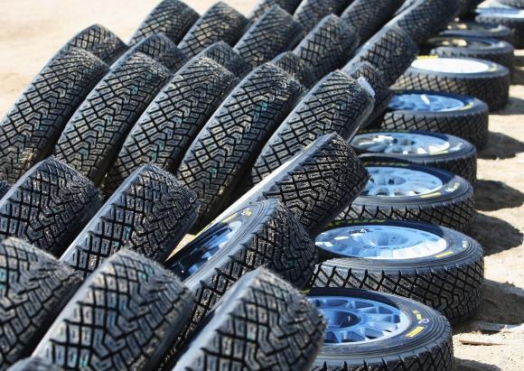 WRC остава с няколко доставчика на гуми