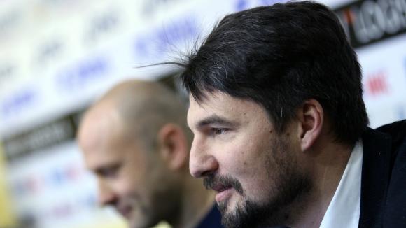 Бижутера за Петрович: Ако е търсил сензация, уцели момента