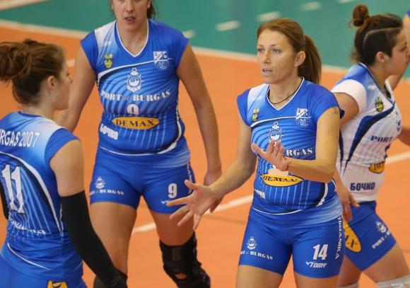 42-годишна волейболистка в състава на Бургас 07