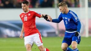 Швейцария продължава без грешка (видео)