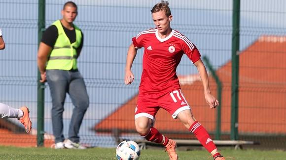 Стефан Яръмов: Няколко млади момчета дават заявка за първия отбор