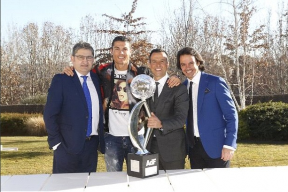 Кристиано: Съмнявайте се още в мен, но ние спечелихме всичко