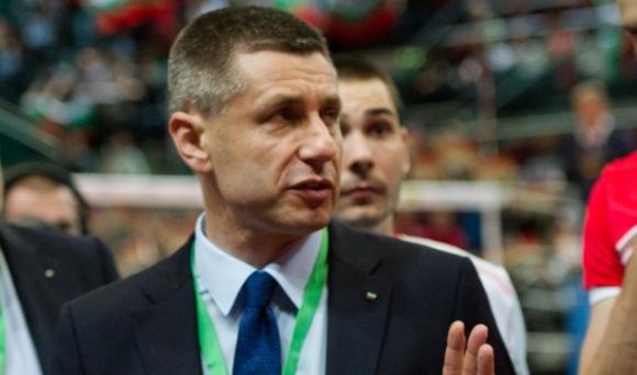 Радо Стойчев поема лидера в Италия?