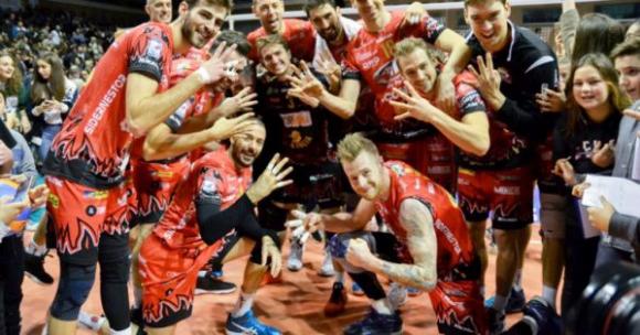 Перуджа с чиста победа над Равена с Бранко Грозданов