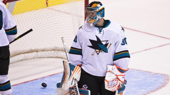 """Двама вратари изпратиха годината в НХЛ със """"сухи"""" мрежи, Нешвил разгроми Сейнт Луис"""