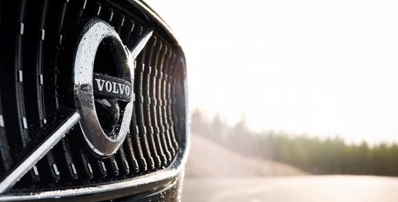 Volvo и Autoliv също се посвещават на автономното шофиране