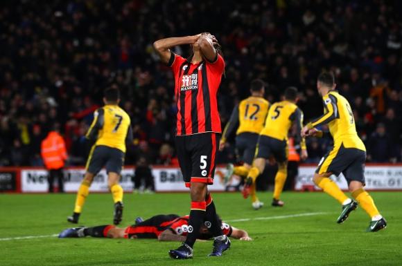 Арсенал се добра до точка след обрат от 0:3 (видео)
