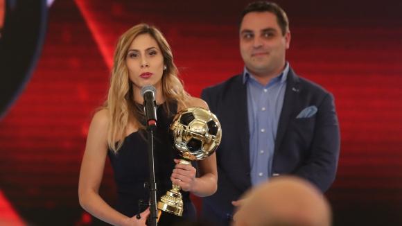 Евдокия Попадинова най-добра сред жените в България